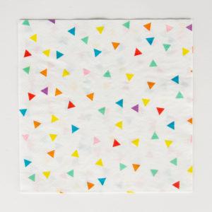 serviettes-triangles-multicolores