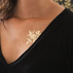 tattly_rifle_paper_co_gold_flowers_web_applied_05_grande