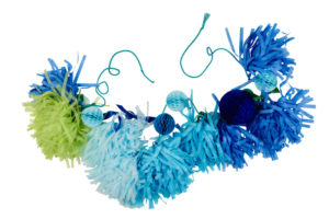 diy guirlande tassel boule alvéolée bleu vert