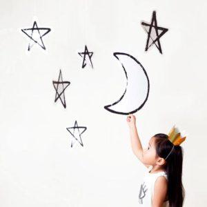 lune étoile à suspendre déco fête anniversaire