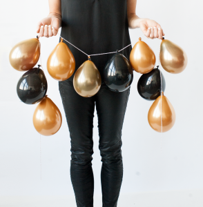 mini-balloon-garland-GILDED