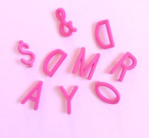 lettres-pink-retro-vintage-letters-board